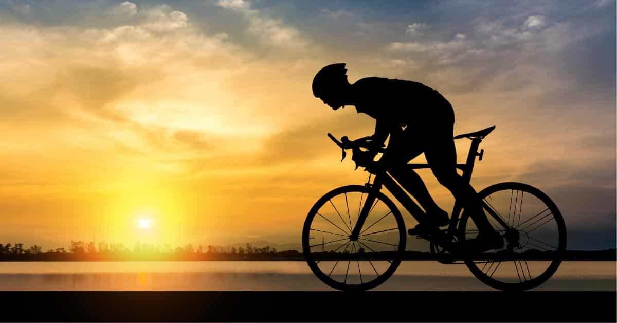 Managing Hip Pain While Cycling