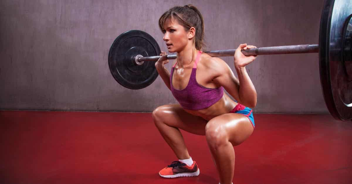 4 Ways to Prevent Hip Pain When Squatting or Weight Lifting
